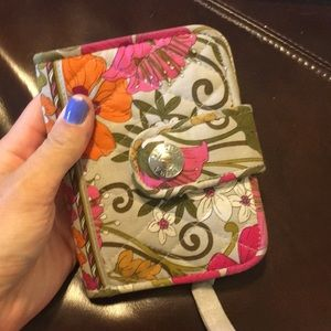 Nearly New Vera Bradley Wallet
